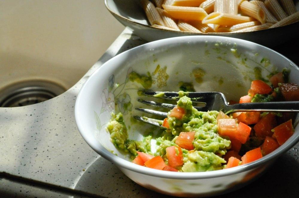 Mashed avocado tomato penne pasta (8 of 12)