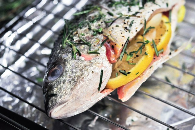 Baked Barramundi with Rosemary and Lemon (2 of 3)