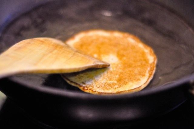 Wholewheat Banana Pancakes (6 of 15)