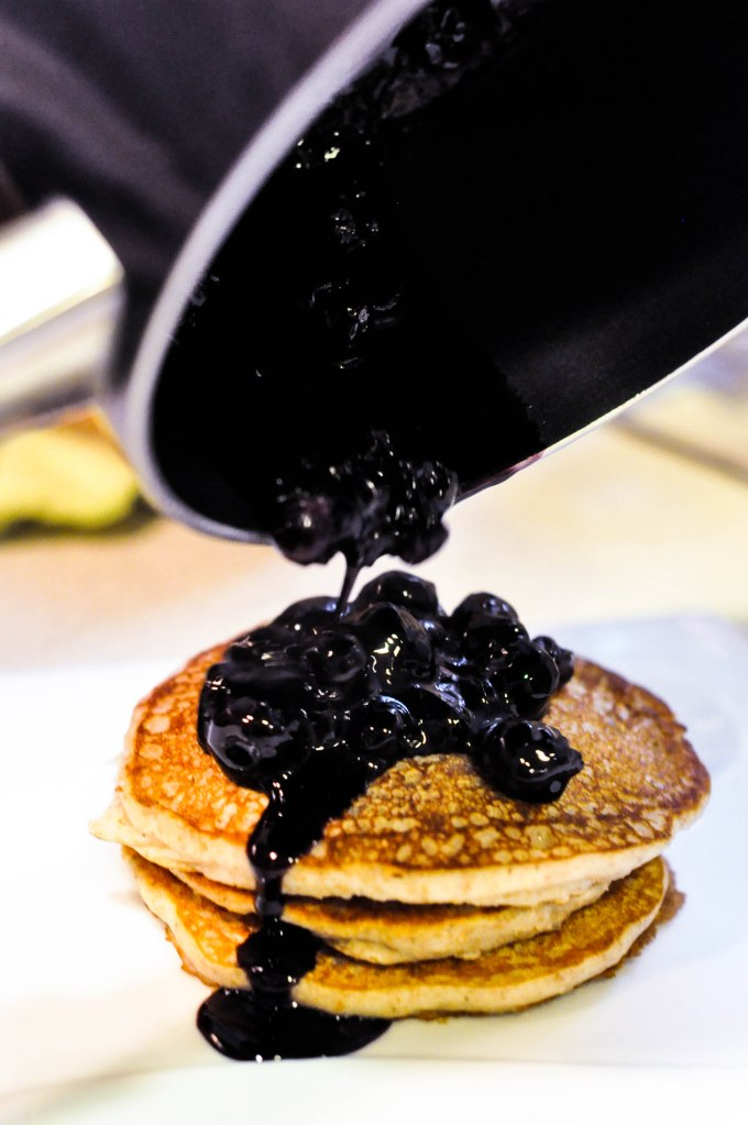 Wholewheat Oat Yoghurt Fluffy Blueberry Pancakes (10 of 19)