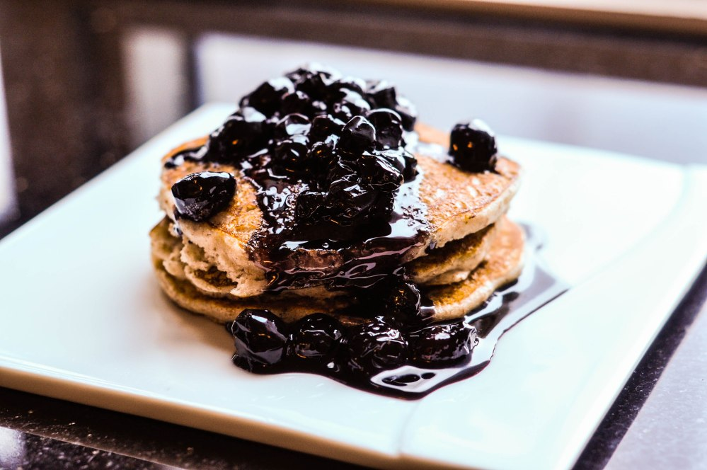 Wholewheat Oat Yoghurt Fluffy Blueberry Pancakes (12 of 19)