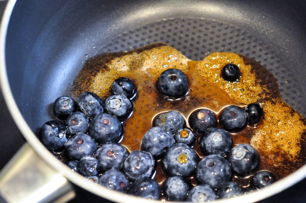 Wholewheat Oat Yoghurt Fluffy Blueberry Pancakes (6 of 19)
