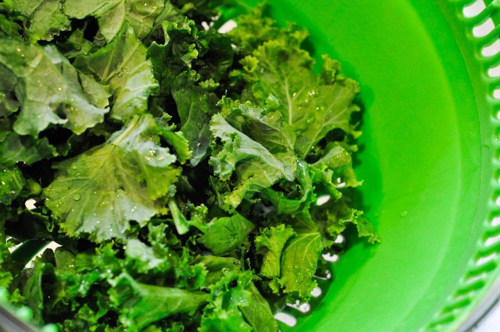 Tahini dressed kale salad (13 of 27)