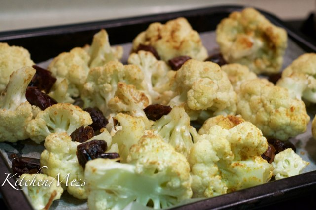 Roast Cauliflower in Lemon-Tahini Sauce (5 of 14)