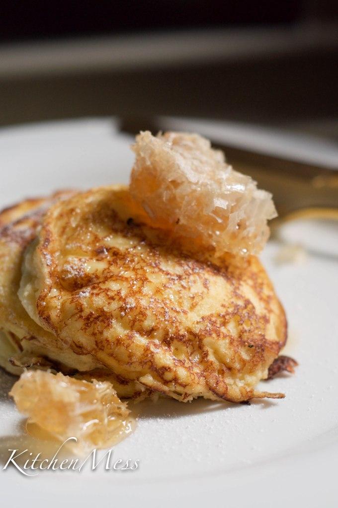 Ricotta Hotcakes with Honeycomb (24 of 50)