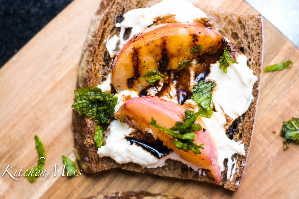 Grilled Vanilla Peaches with Ricotta Toast (19 of 26)