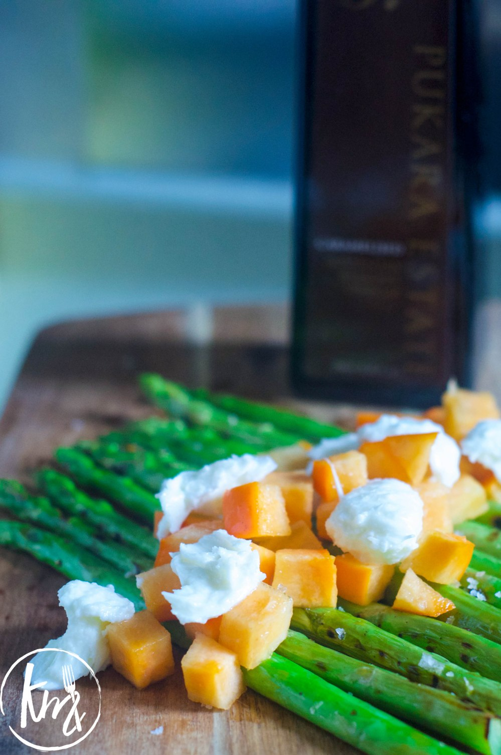 Grilled asparagus with persimmon and mozzarella (8 of 14)