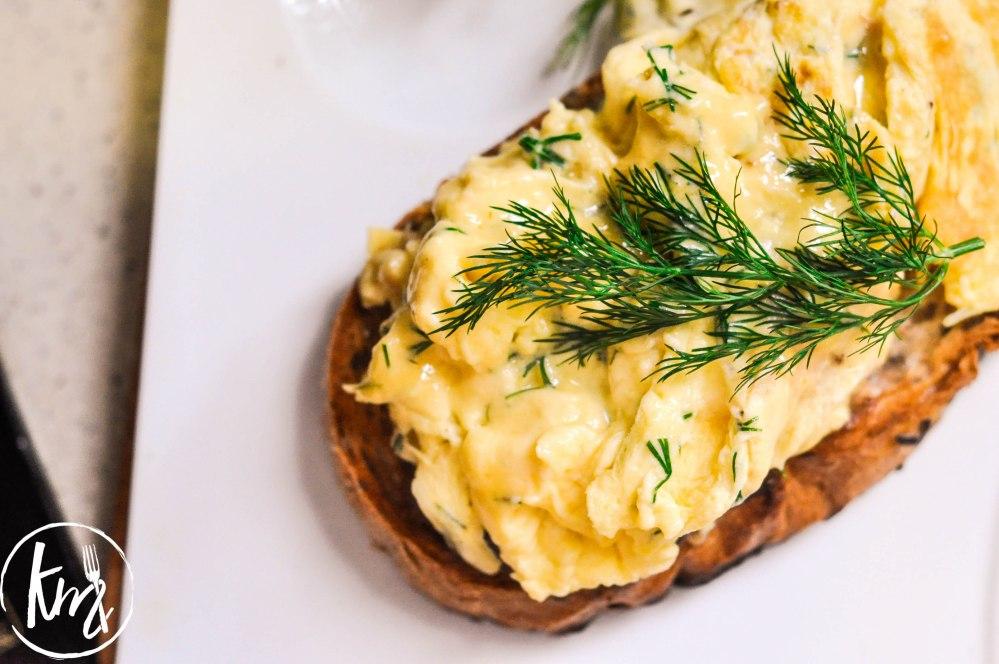 creme-fraiche-scrambled-eggs-with-dill-10-of-17