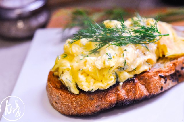 creme-fraiche-scrambled-eggs-with-dill-9-of-17