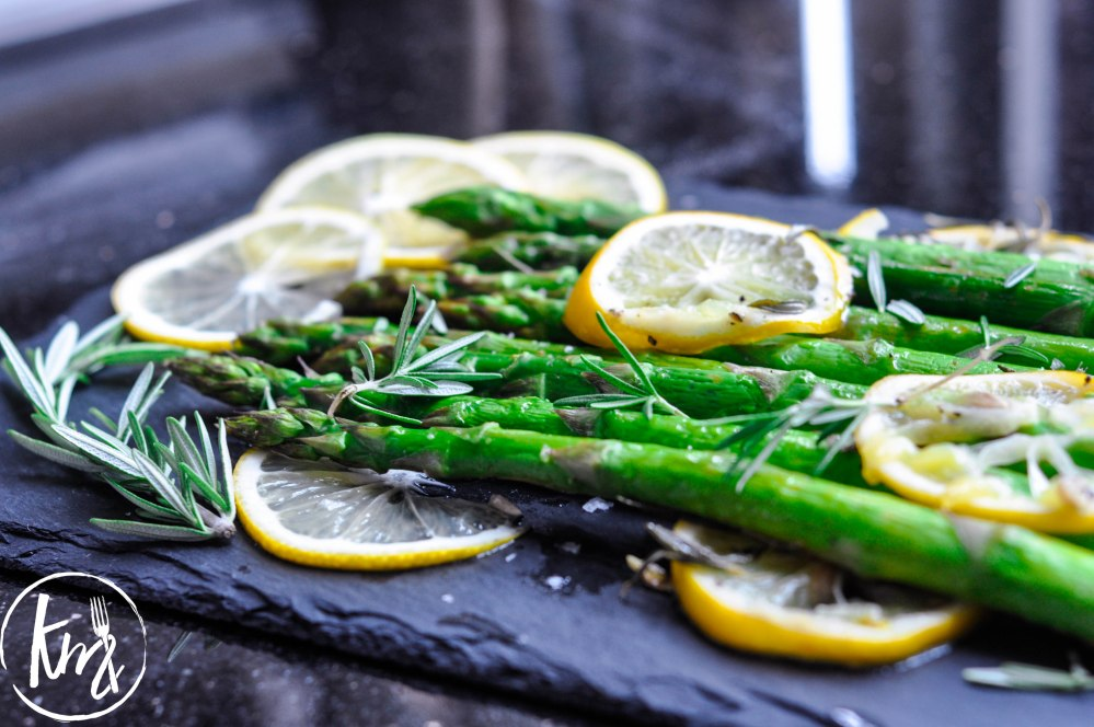 Roast asparagus with lemon-0493