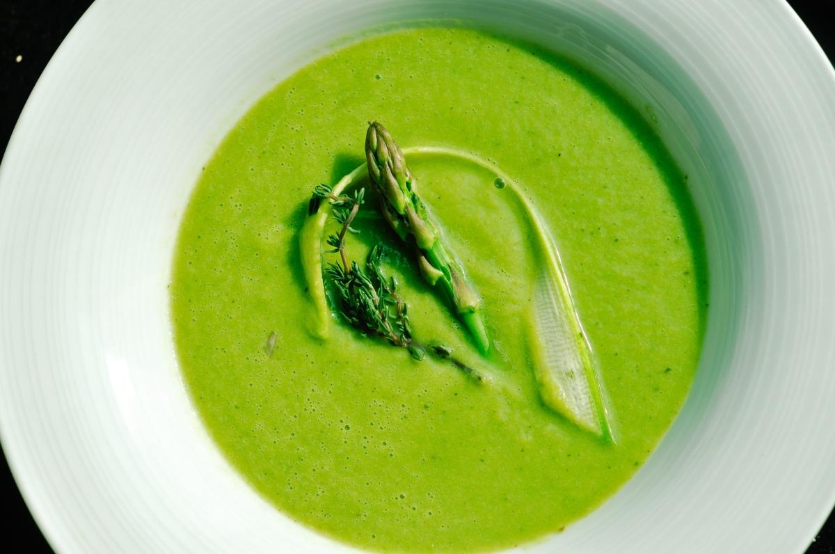 Green pea asparagus soup